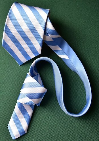Bulldog Club Tie: Extra Long - Navy